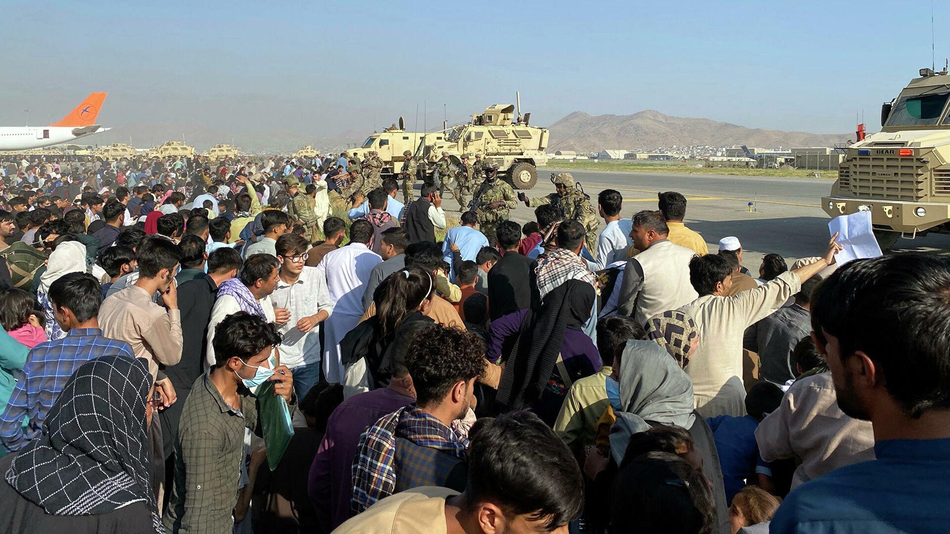 ЕС могут выплатить соседям Афганистана €600 млн, чтобы избежать наплыва мигрантов