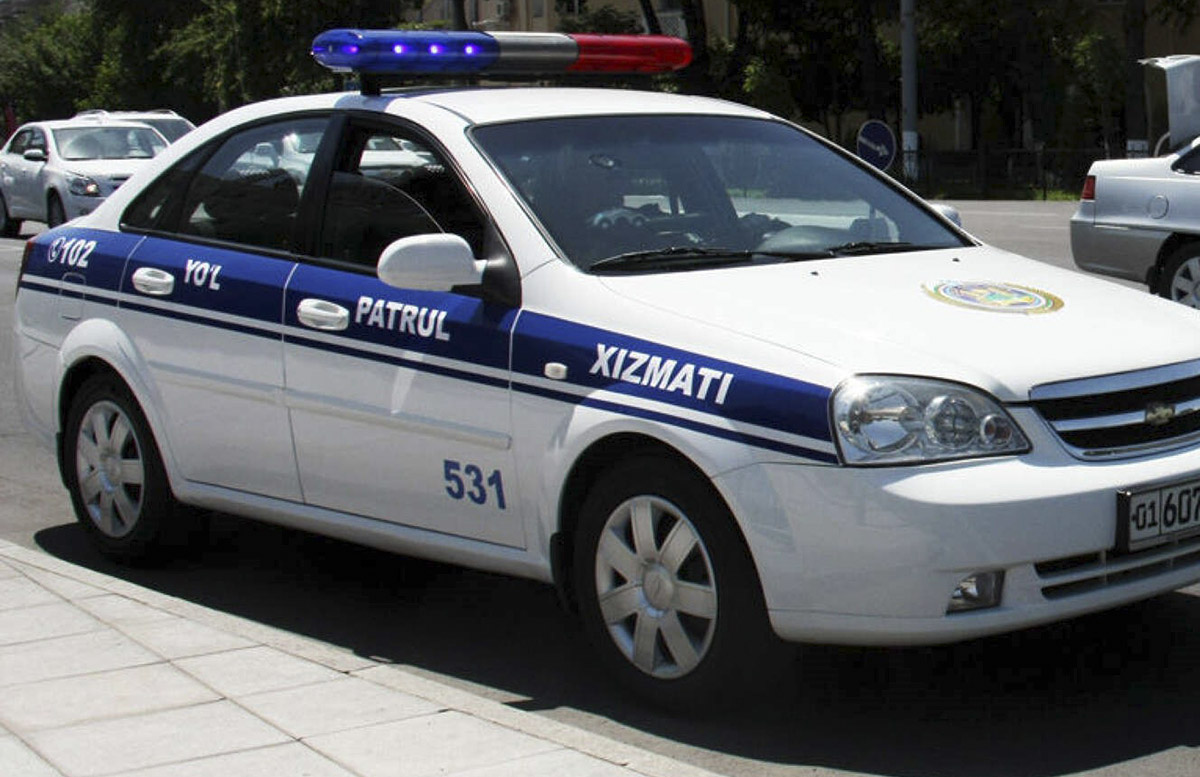 В Андижане сотруднику ГУБДД выписали выговор после ссоры с водителем