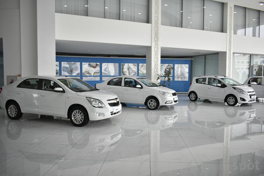 UzAuto Motors начал продажи четырех моделей автомобилей в Таджикистане