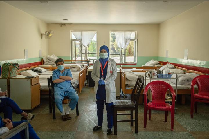 В Афганистане могут прекратить работу почти 90% медицинских учреждений, — ВОЗ