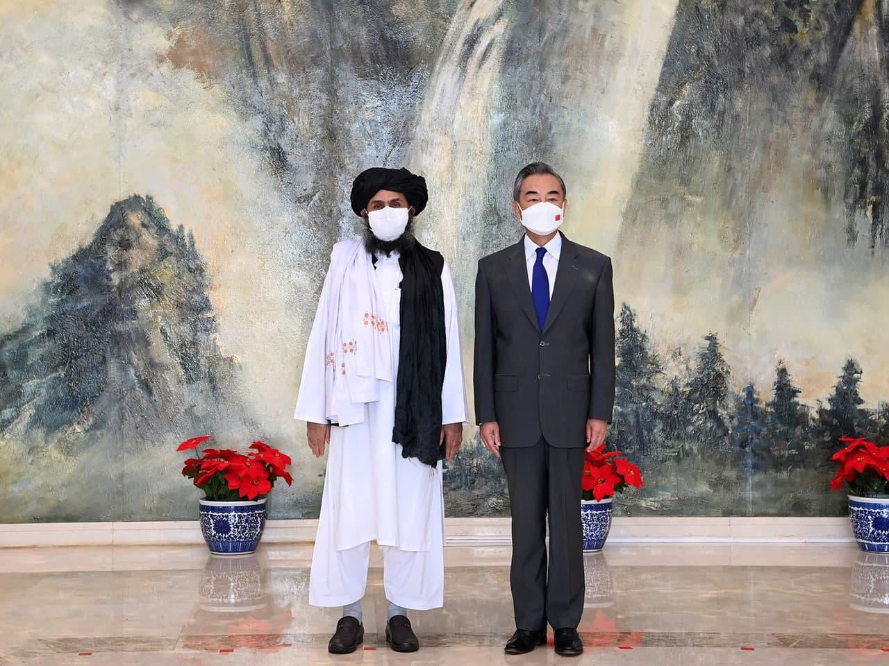 Китай предоставит Афганистану экстренную помощь на $30 млн