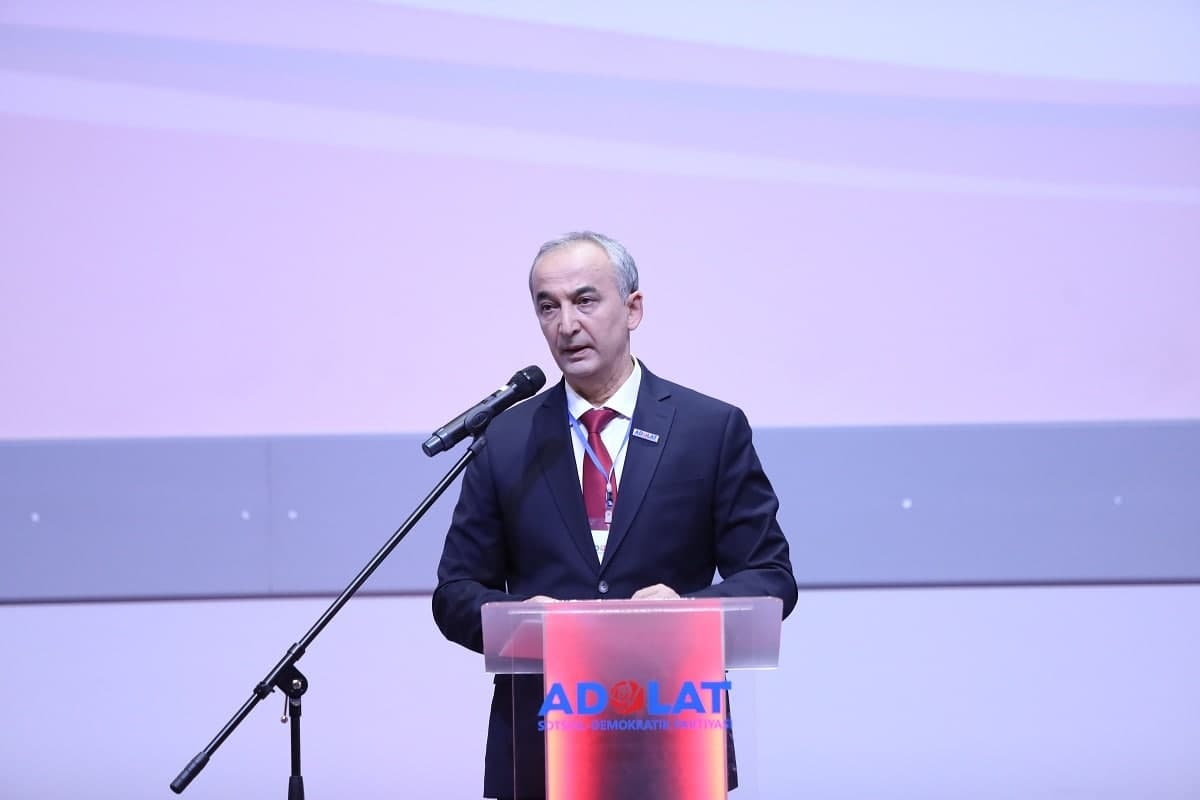 Партия «Адолат» утвердила кандидатуру в президенты Узбекистана