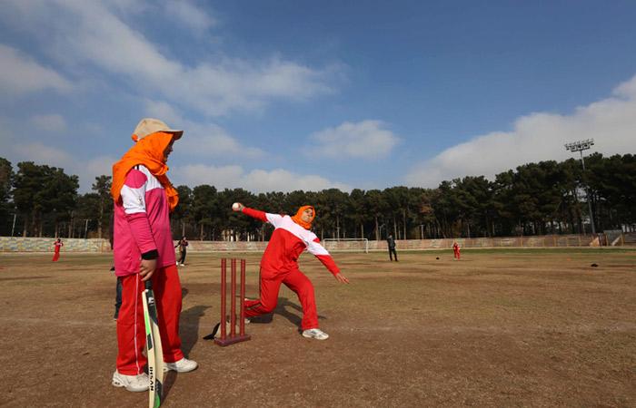 Талибы запретили женщинам заниматься спортом