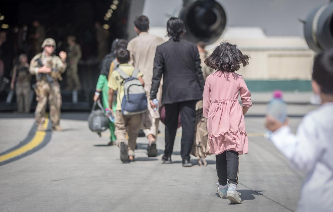 Власти США приостановили отправку афганцев из-за выявления больных корью