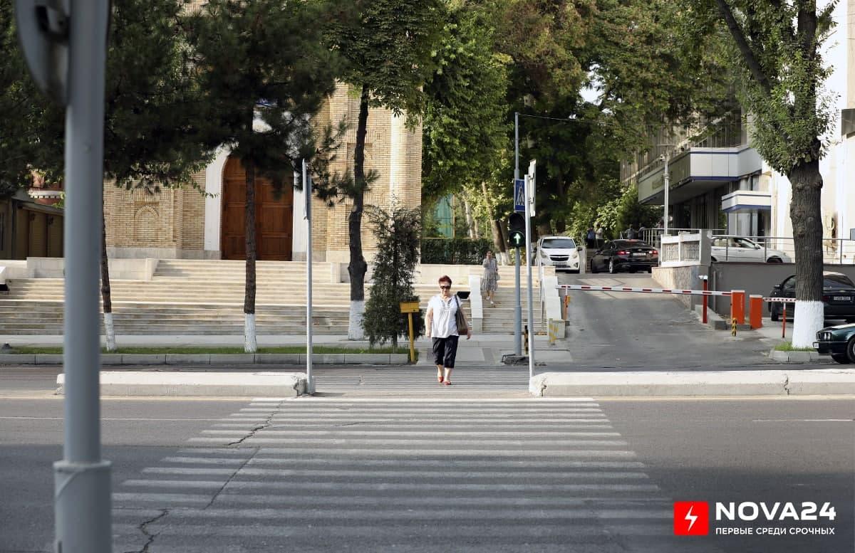 В ГУБДД напомнили, во сколько обойдется пешеходам пересечение дороги в неположенном месте