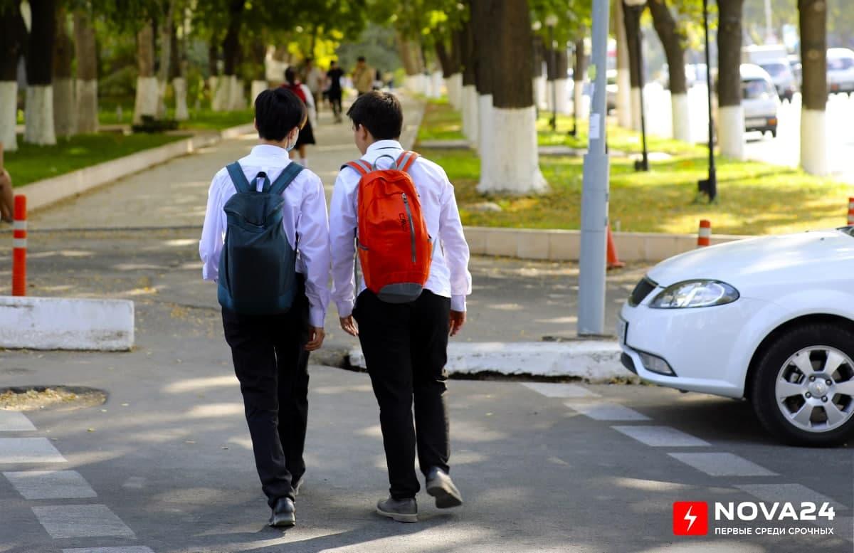 В Минюсте напомнили, кто может получить бесплатные учебники в школе