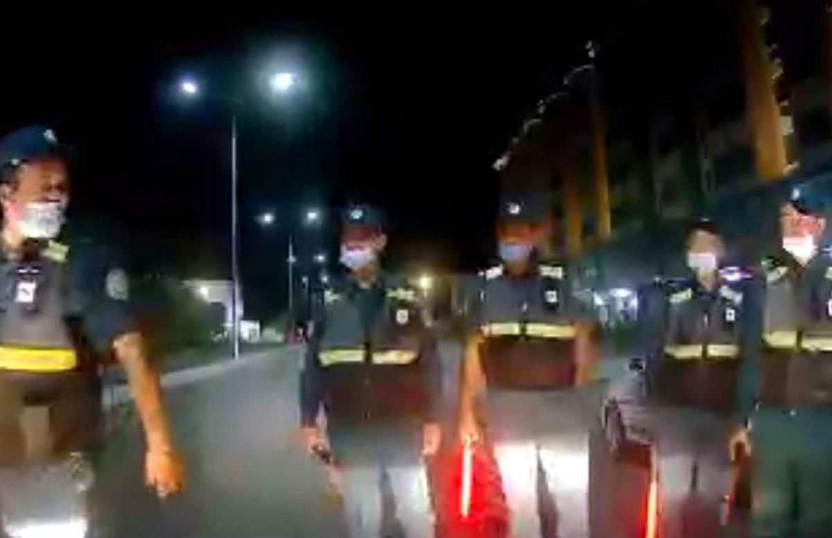 В Джизаке сотрудники ДПС дали водителю бумажный стаканчик вместо алкотестера — видео