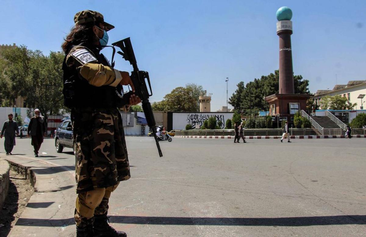Доставшееся талибам американское оружие не угрожает соседям Афганистана, — Энтони Блинкен