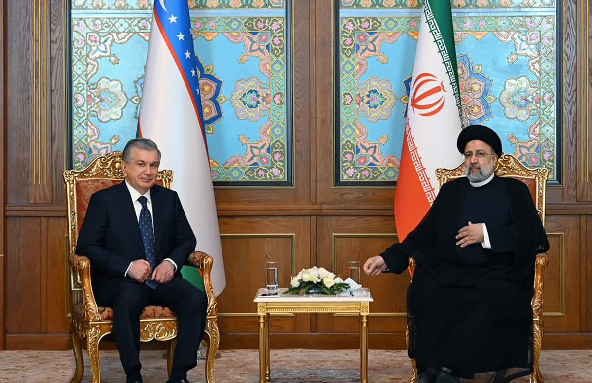 Шавкат Мирзиеев провел встречу с президентом Ирана