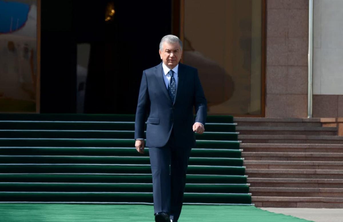 Шавкат Мирзиеев отбыл в Душанбе