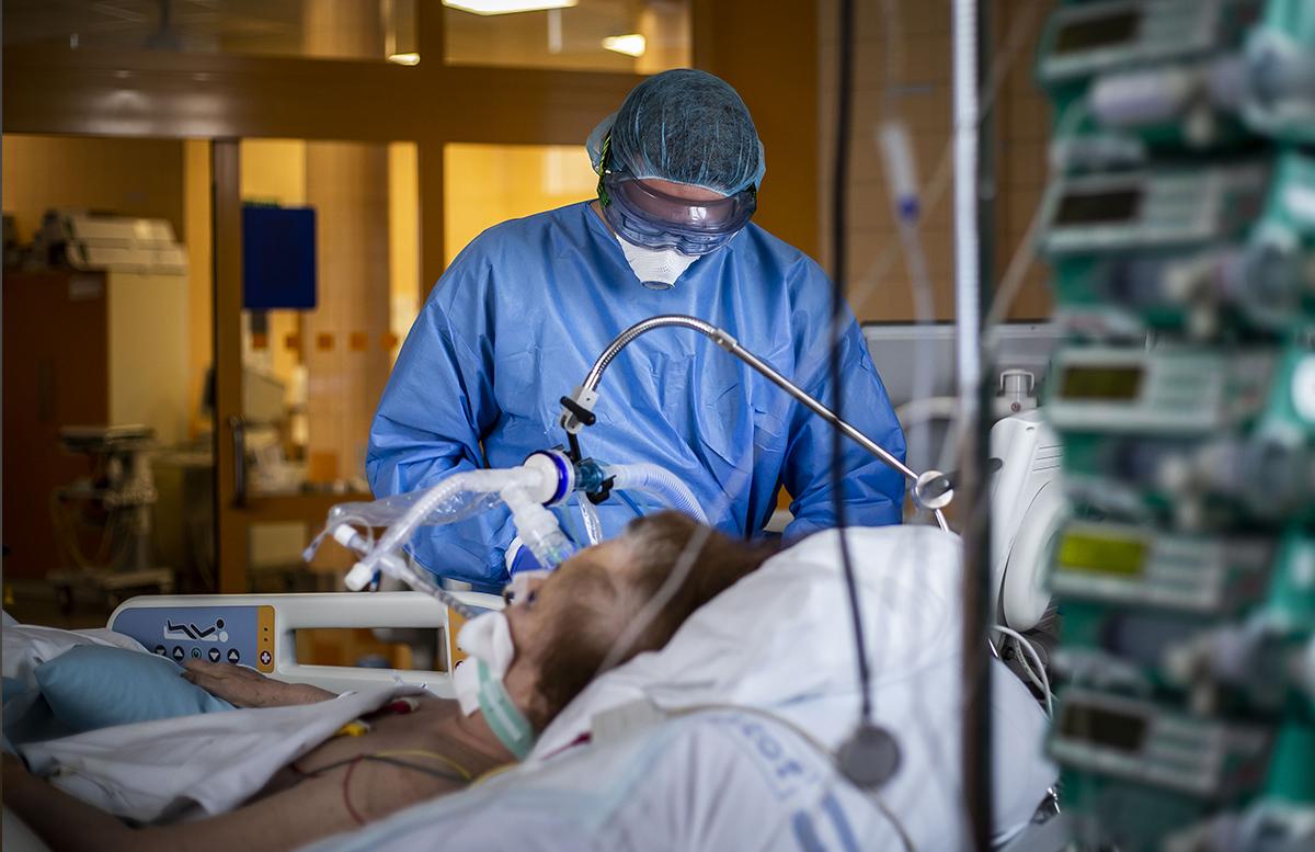 За сутки свыше 100 человек заразились пневмонией — статистика