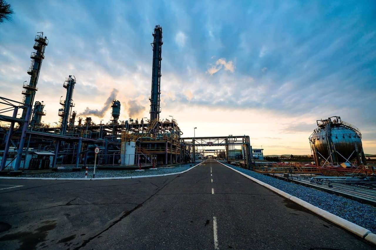 Выяснились основные получатели услуг нефтегазового сектора