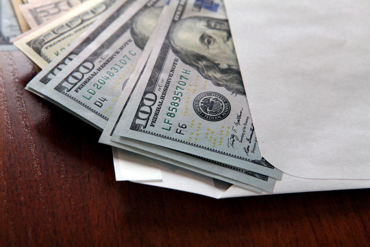 В Фергане женщина обещала за деньги зачислить в вузы
