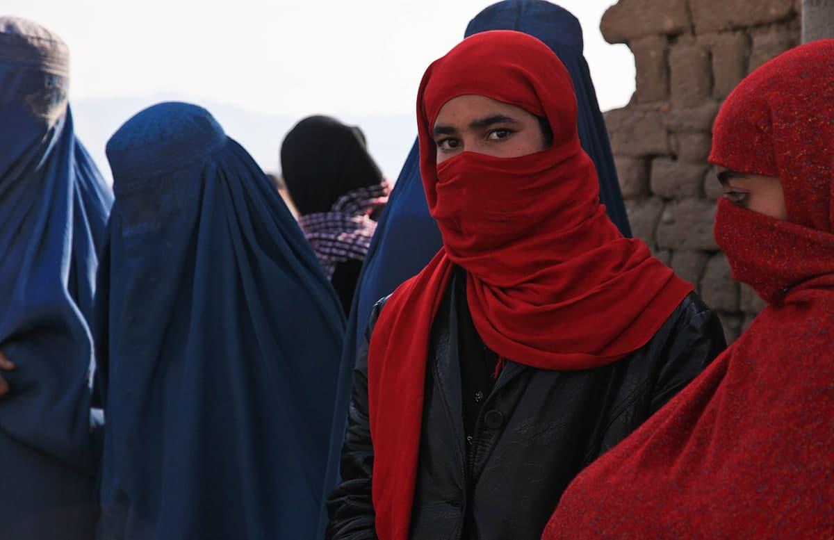 Боевиков заподозрили в участии в женских митингах в Афганистане
