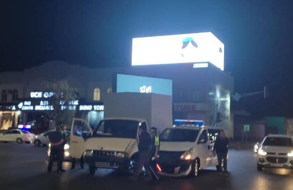 В Ташкенте машина скорой помощи столкнулась с грузовиком