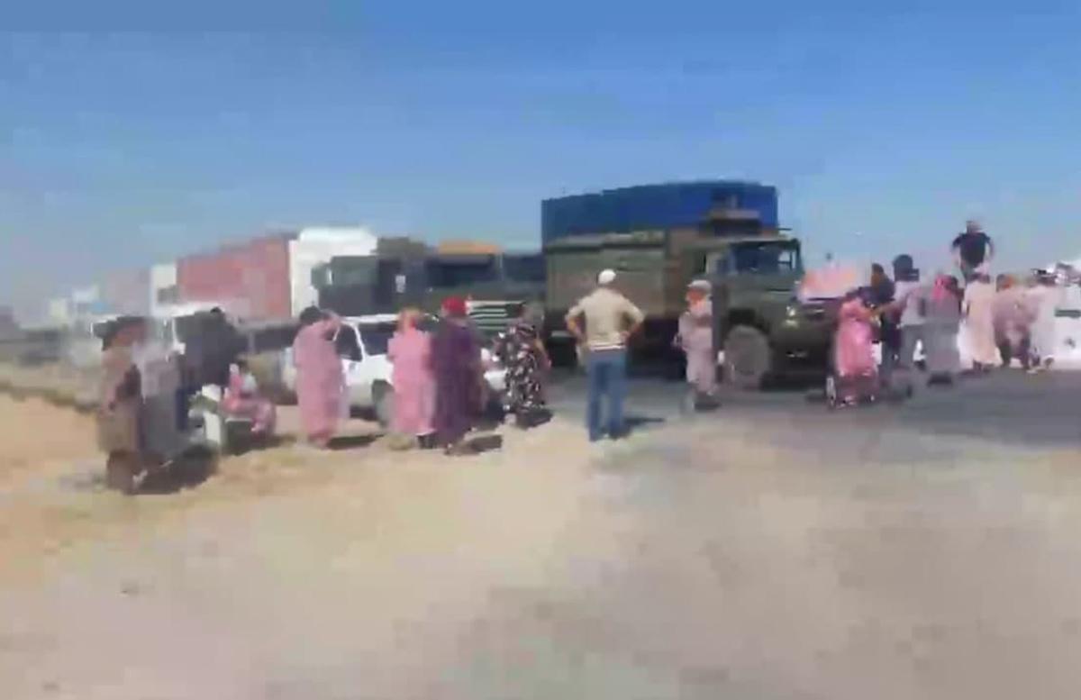 В Самарканде наказали перекрывших дорогу протестующих