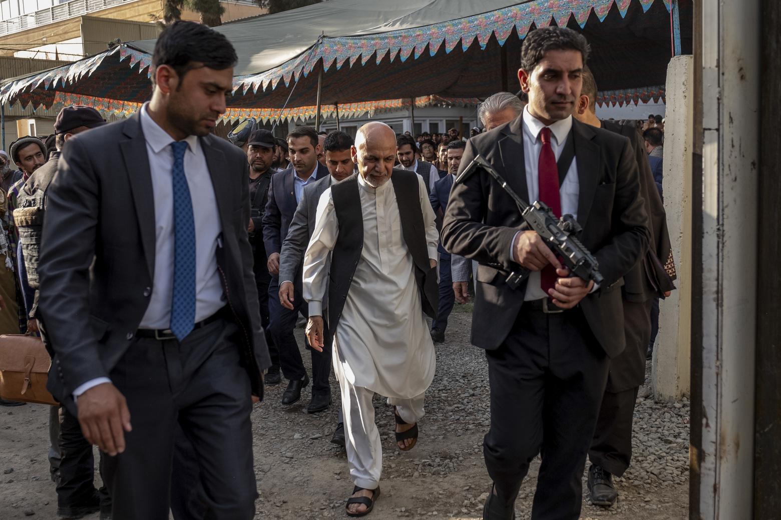 В Пентагоне предположили местонахождение бывшего президента Афганистана