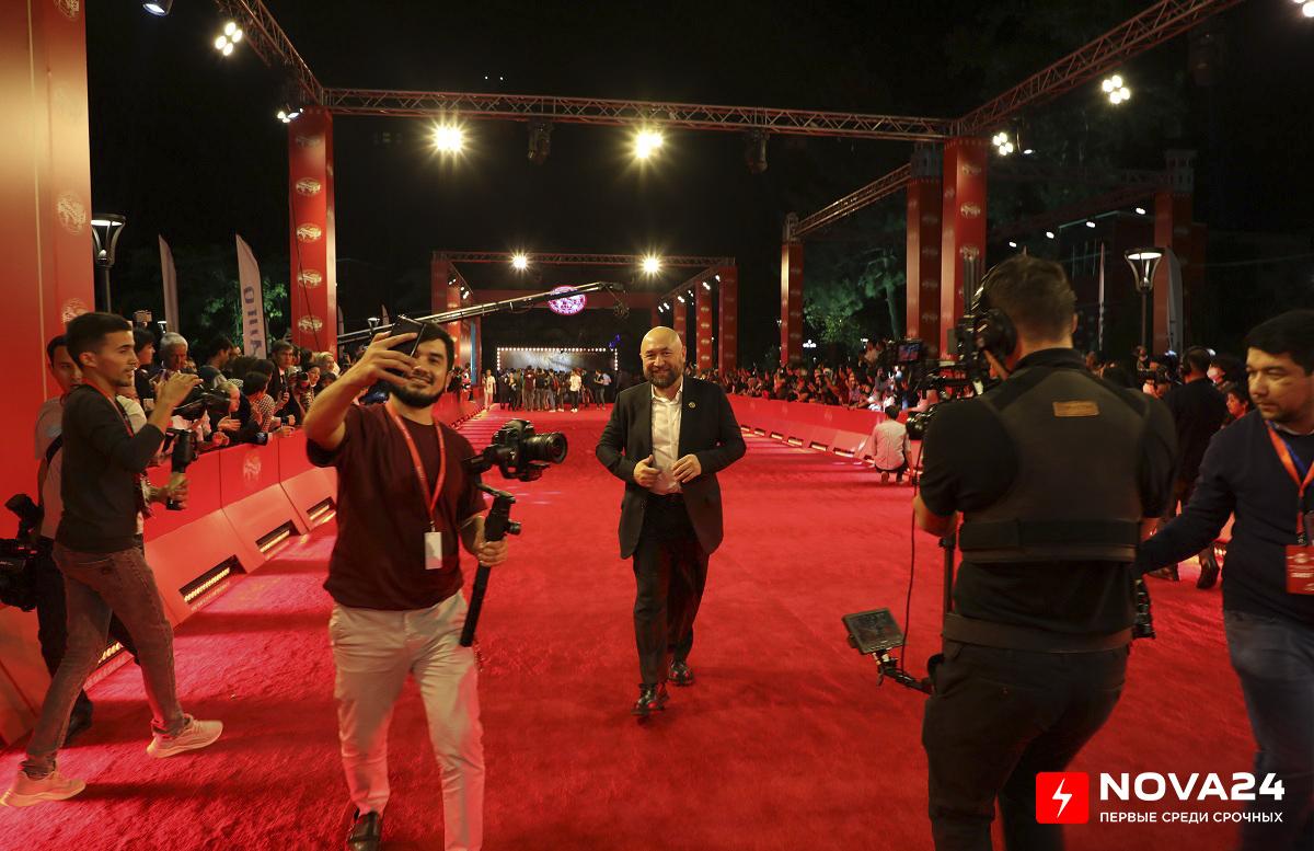 В Ташкенте состоялось открытие международного кинофестиваля «Жемчужина шелкового пути» — фоторепортаж