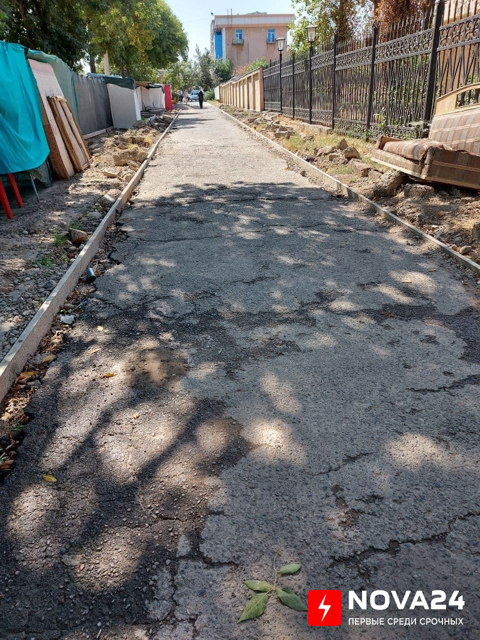 В Ташкенте работники благоустройства «разворотили» массив и не закончили работу
