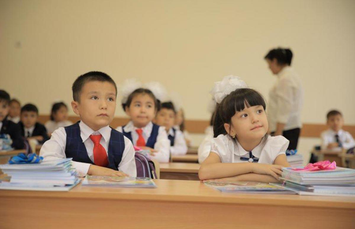 Стало известно, введут ли обязательную вакцинацию от коронавируса в школах