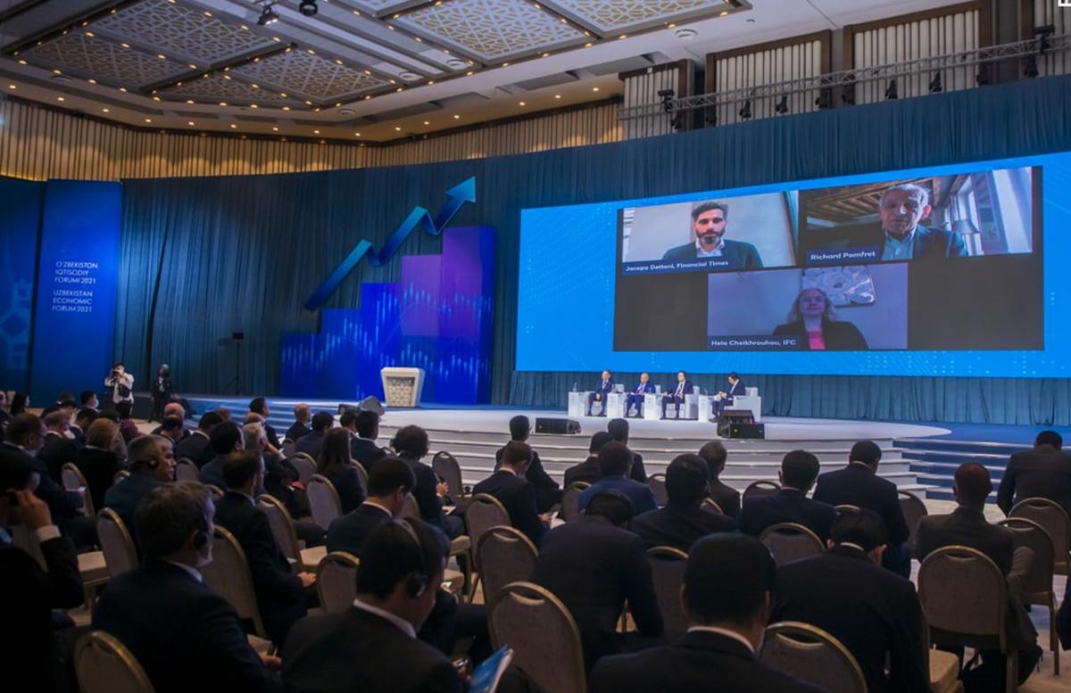 В Узбекистане к управлению госпредприятиями наймут около ста топ-менеджеров