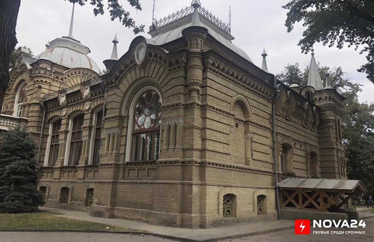 В Узбекистане научные сотрудники будут изучать музейные экспонаты для защиты диссертаций в области искусствоведения