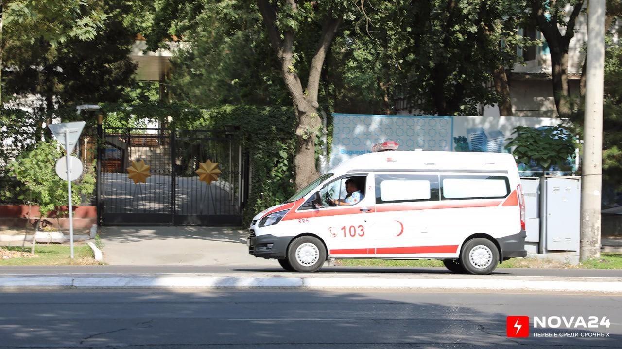 В Сурхандарье шестилетняя девочка погибла под колесами автомобиля