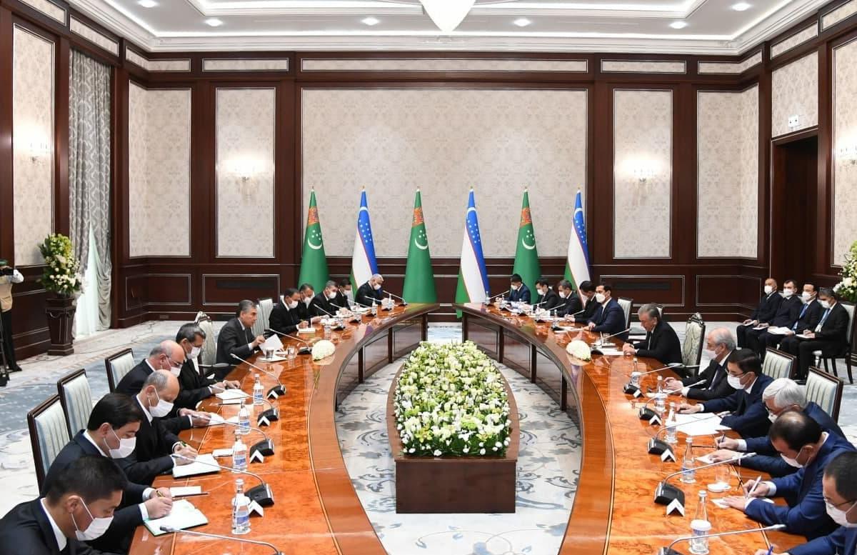 Туркменистан и Узбекистан договорились наращивать двусторонний товарооборот
