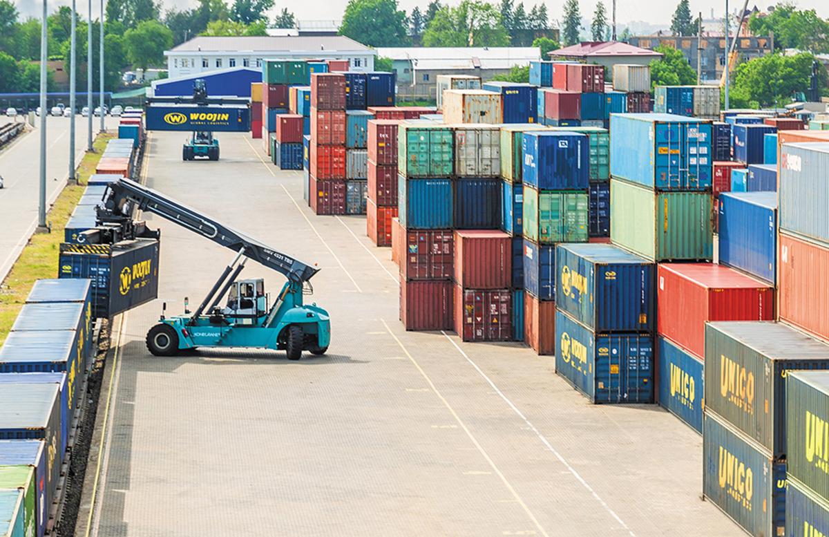 Стало известно, каким узбекским компаниям будут возмещать половину транспортных расходов