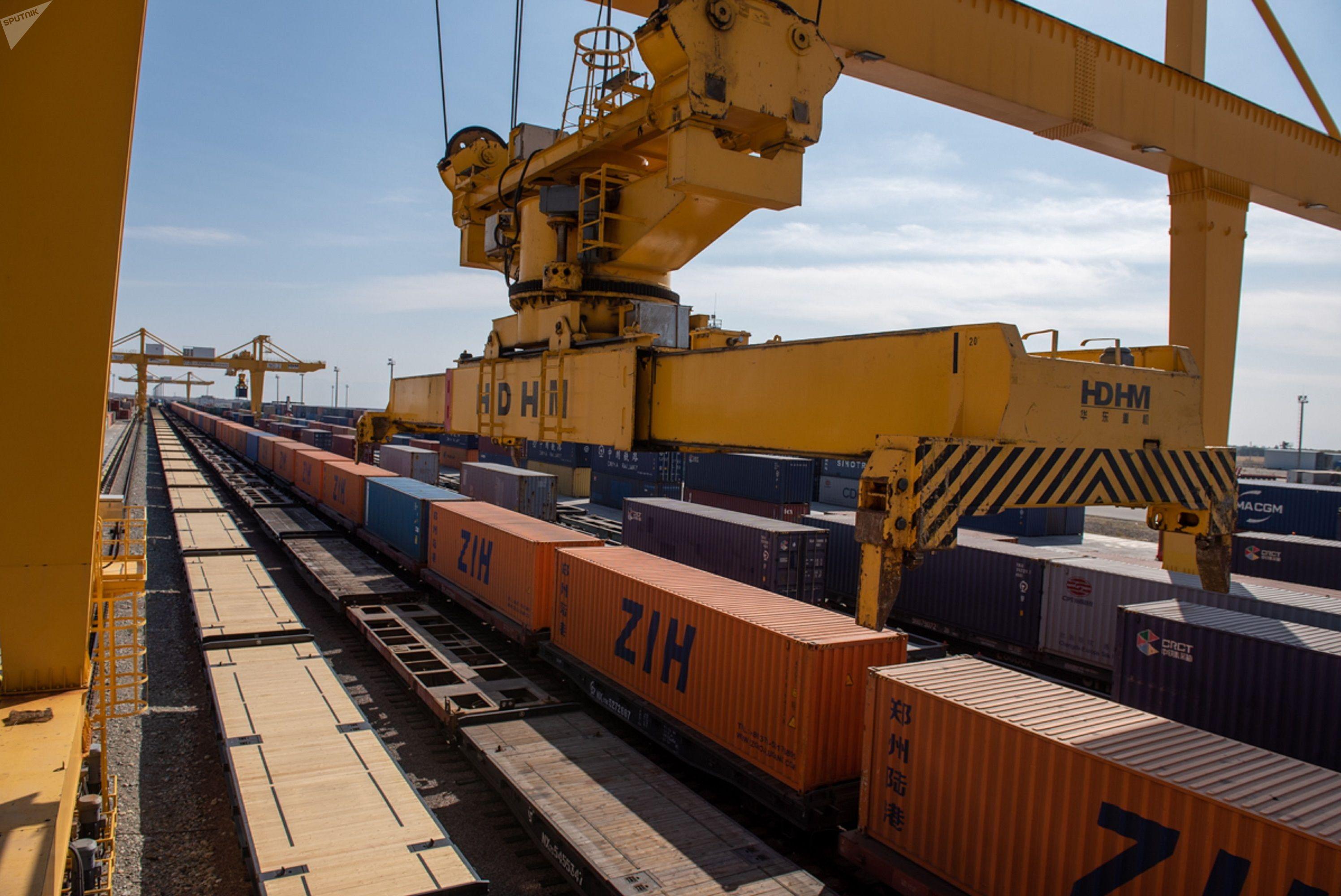 Узбекистан вступил в соглашение о «Сухих портах»