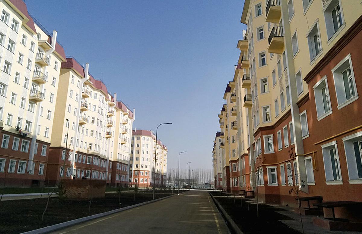 В Узбекистане выделили сотню миллиардов сумов на ремонт многоквартирных домов