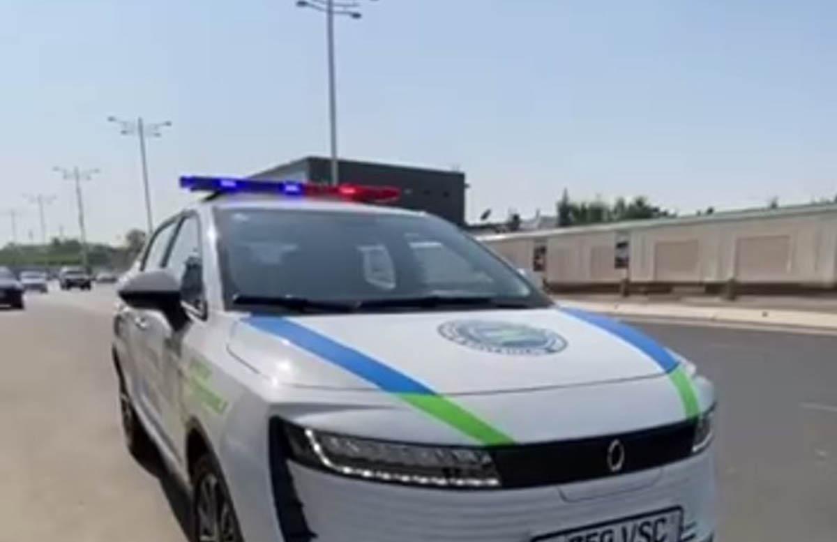 В Узбекистане сотрудники ДПС обзавелись электромобилями — видео
