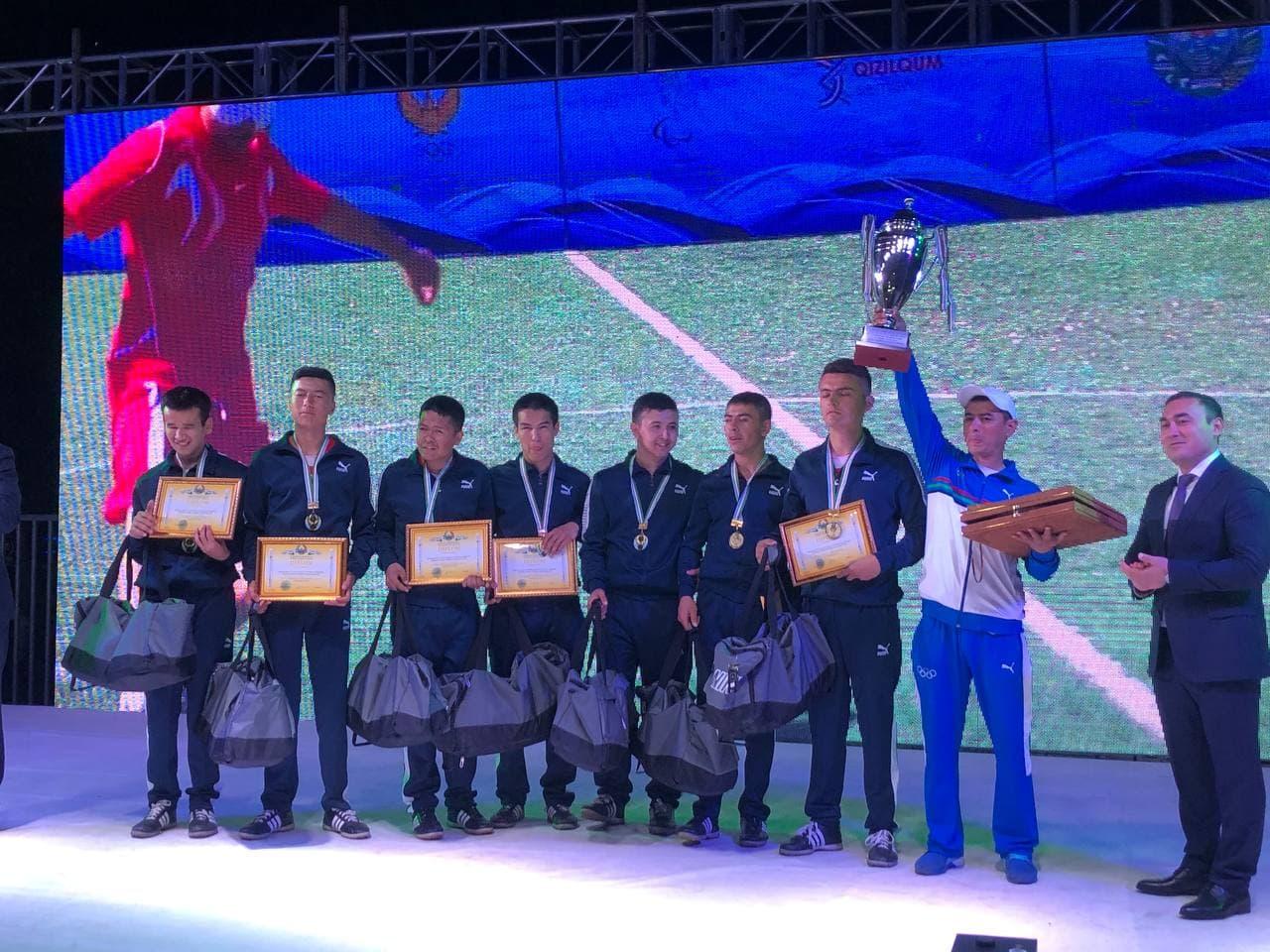 Объявлены победители первого в республике чемпионата по паралимпийскому футболу среди незрячих — фоторепортаж